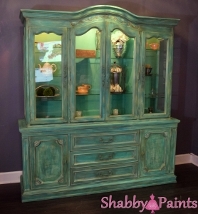 Layering colors with chalk paint