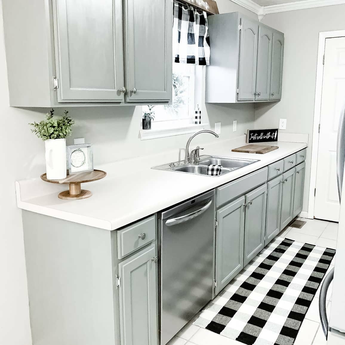 Chalk Painted Kitchen Cabinets - Shabby Paints